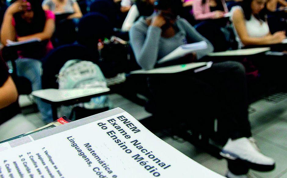 Resultado de imagem para PRAZO FINAL Estudantes têm até este domingo (15) para pedir isenção na taxa de inscrição do Enem